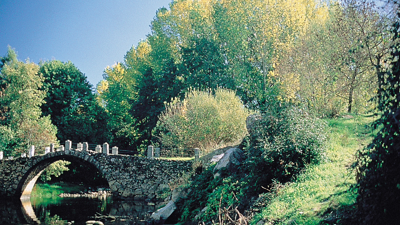 Aldeanueva del Camino. Puente de la Doncella. Fotografía cedida por DIVA.